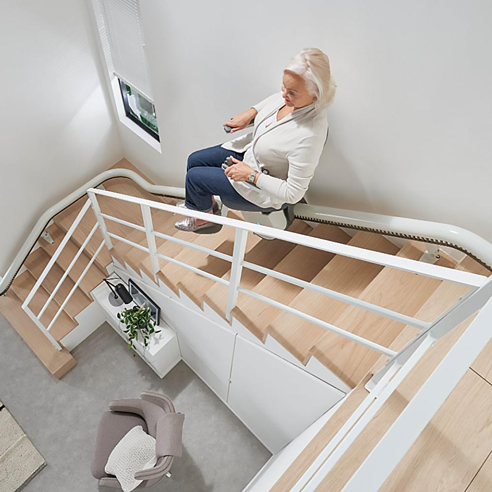 Curved Stairlift Flow X